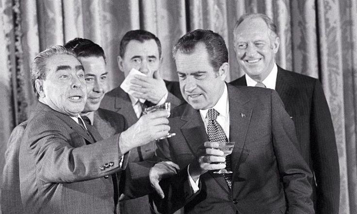 Brezhnev and Nixon. Moscow - 1972, USA - 1973 and the Crimea - 1974 Встречи Брежнева и Никсона. Москва - 1972, США - 1973 и Крым - 1974 г