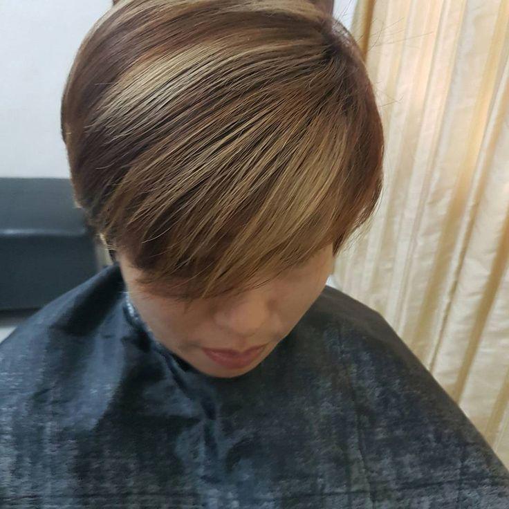 """7 Suka, 1 Komentar - Salon My Way di Surabaya (@salonmyway) di Instagram: """"By Me  #haircolor #hair #hairstyle #salon #salonsurabaya #cewek #sukakesalon #warna #warnarambut…"""""""