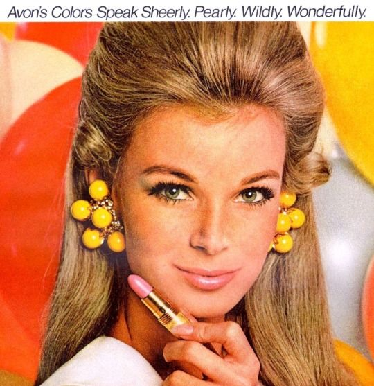Linda Evans for Avon cosmetics, 1967. (you'll remember Linda from the tv series' The Big Valley (1965-1969) and Dynasty (1981-1989)
