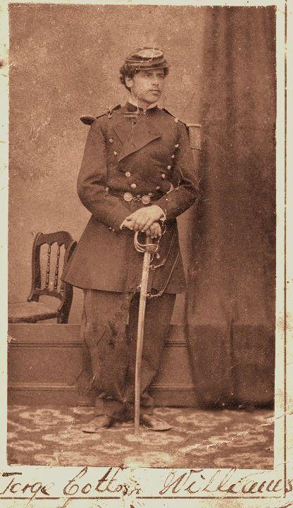Jorge Cotton Williams (1855-1879). Ingresó a la Guardia Nacional en 1877, al ser nombrado subteniente de la Brigada Cívica de Caldera. El 14 de agosto de 1879 fue agregado al Regimiento 2º de Línea en calidad de teniente de Infantería. Participó en el desembarco de Pisagua, en la Batalla de San Francisco y en la Batalla de Tarapacá donde encontró la muerte heroicamente. http://www.ejercito.cl/archivos/departamento_historia/revista_13.pdf