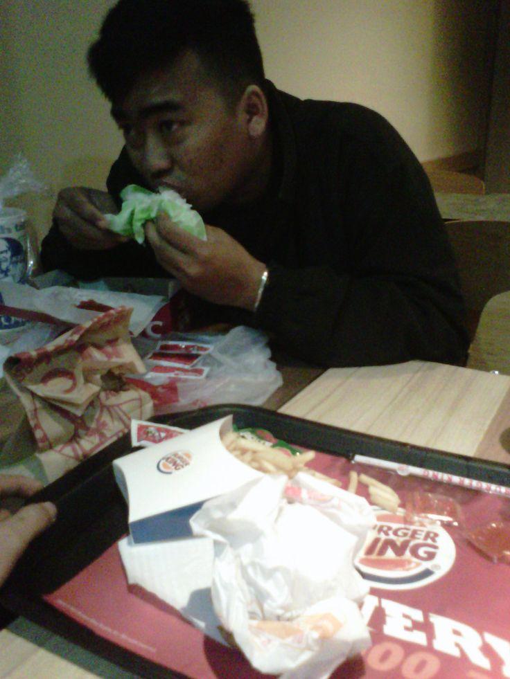Kuta Burger King. Ndut foto lu nih.