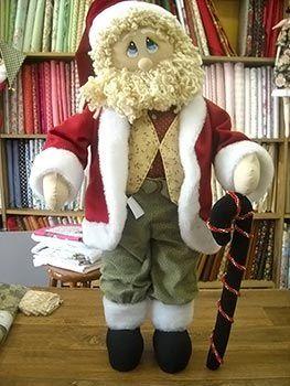 Boneco Papai Noel de tecido e feltro