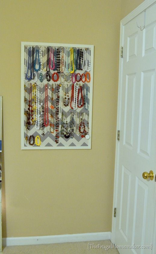 DIY Jewelry Organizer- Already have the bulletin board, just need to spruce it up!