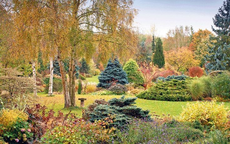 The Norfolk masterpiece of the late plantsman Alan Bloom is a horticulturally   rich and rewarding legacy, says his friend Val Bourne