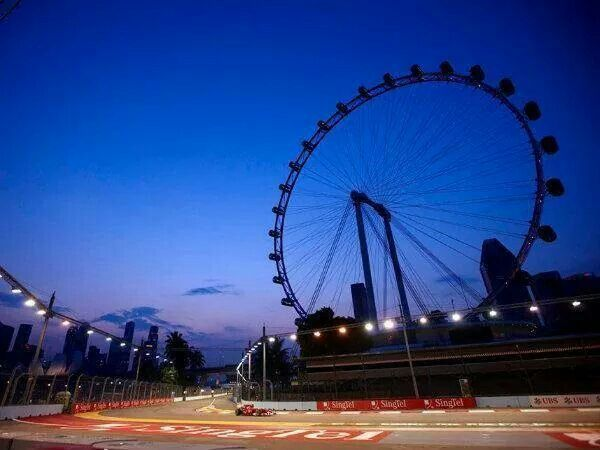 F1 nightrace in Singapore