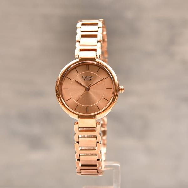 Titan Classy Raga Rosegold Finish Women Watch Gift Send Fashion And Lifestyle Gifts Online L11075583 Igp Com Gold Watches Women Rose Gold Watches Rolex Watches Women