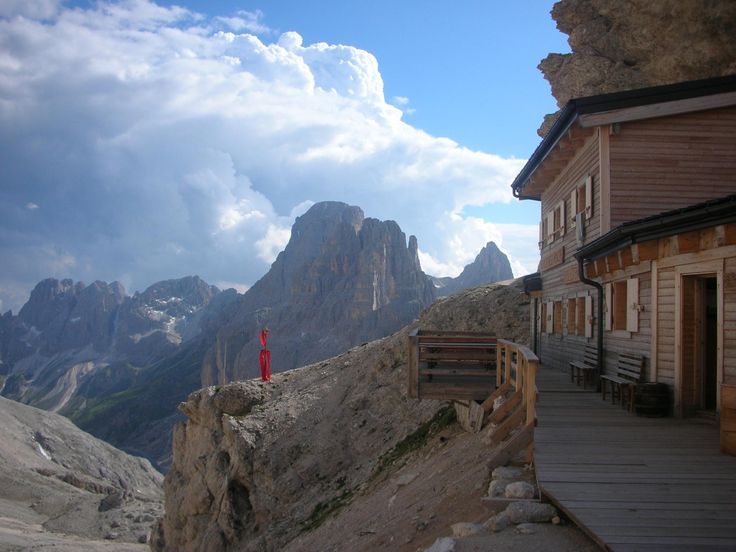 http://www.outdooractive.com/de/wanderung/val-di-fassa/rosengarten-dolomiten-02-paolinahuette-grasleitenpasshuette/103403940/  #Dolomiten #Südtirol #Italien #Panorama #Wandern