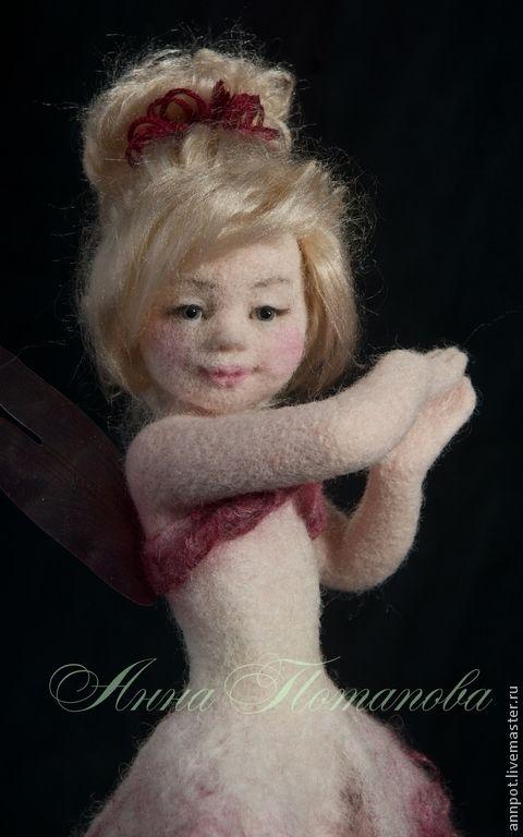 Купить Авторская войлочная кукла Феечка Малиновый сироп - розовый, малиновый, фея, феечка