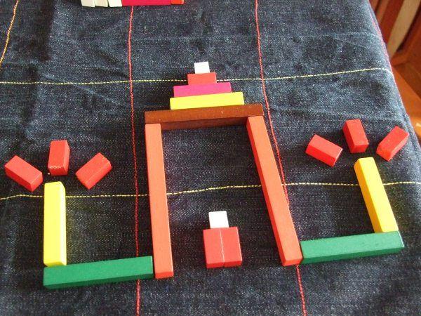 Las regletas de Cuisenaire (el hombre que las inventó) son un material didáctico que se utiliza normalmente como apoyo para la adquisición de conceptos matemáticos. Cada número aparece representado…