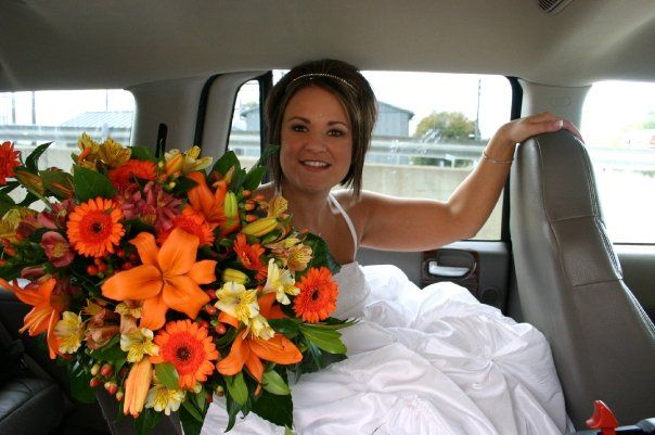 a stunning cascade bouquet designed by Poppy Parsons Aifd #SmartFlowers