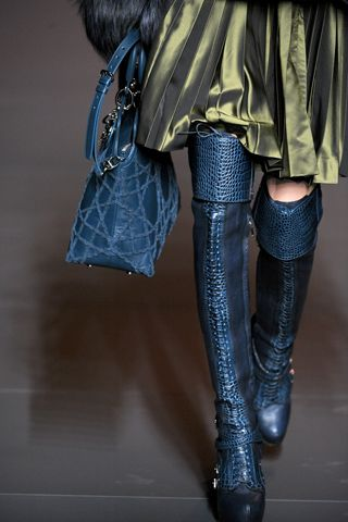 CHRISTIAN DIOR FALL 2011 RTW BLUE BOOTS