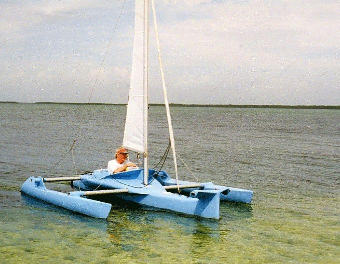 Trimaran Hull Design | speedy 12' single seat trimaran in stitch & glue plywood. | Sailboats in ...