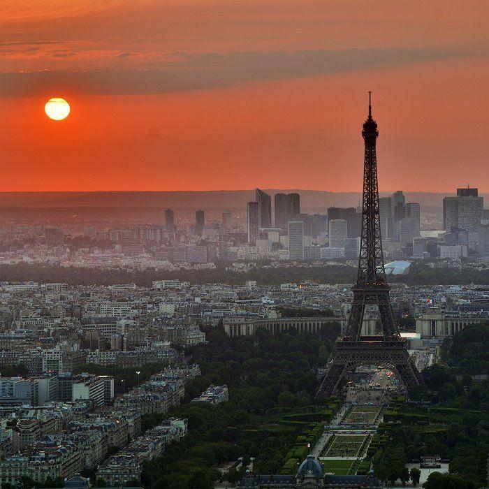 Paris, Frankreich | HEUTE BIN ICH SAMBA - Ein Film, der Paris jenseits der Champs-Élysées zeigt:  Drama, Komödie und Liebesgeschichte zugleich ... mehr auf femundo.de