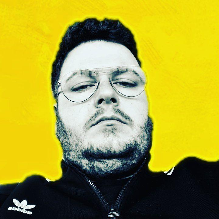 #music #musiclovers #musicphotography #musiclover #music #electronic #house #techouse #dance #techno #dj #djslife #rhodes #greece #clubingingreece #club #bar#oldschool #epantheonmusic #musik_on #musicistheanswer #iphonex #billyrhodes #adidasoriginals