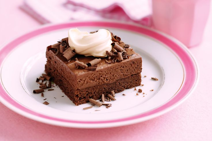Rich+chocolate+mousse+slices+that+everyone+will+love+-+your+challenge+is+not+to+devour+them+all+at+once!