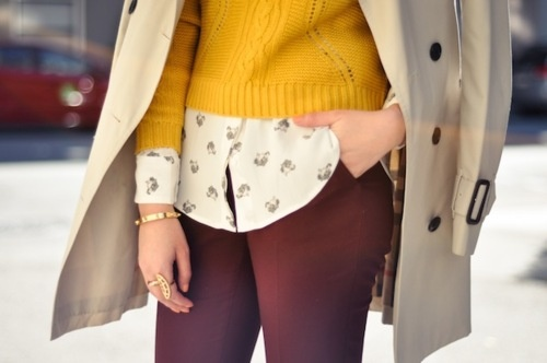 plum + mustard, gorgeous combination: Colors Combos, Sweaters, Color Combos, Burberry Trousers, Autumn Style, Bangles, Habits Blouses, Plum, Entir Outfits
