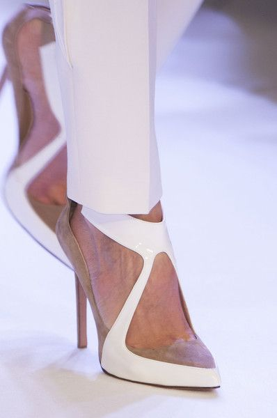 Stéphane Rolland at Couture Spring 2014 - Details Runway Photos