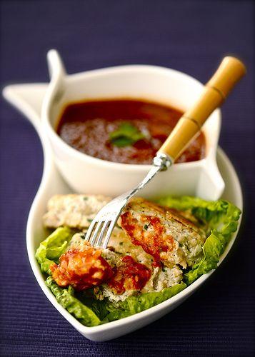 рыбные котлеты и тайский соус от Белоники