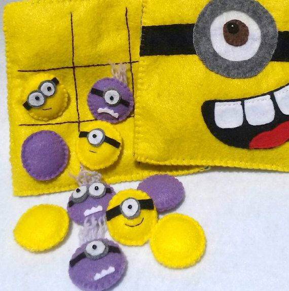 Felt Minion Tic Tac Toe Travel Play Set Pouch by CurlyTailCrafts