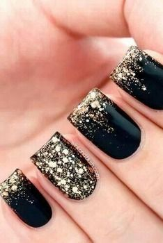 How-to: Gold glitter gradient nail art....would do different color....love the placement of glitter...