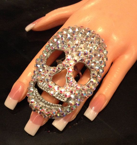 Large skull ring in AB swarovski crystal от MariannaHarutunian