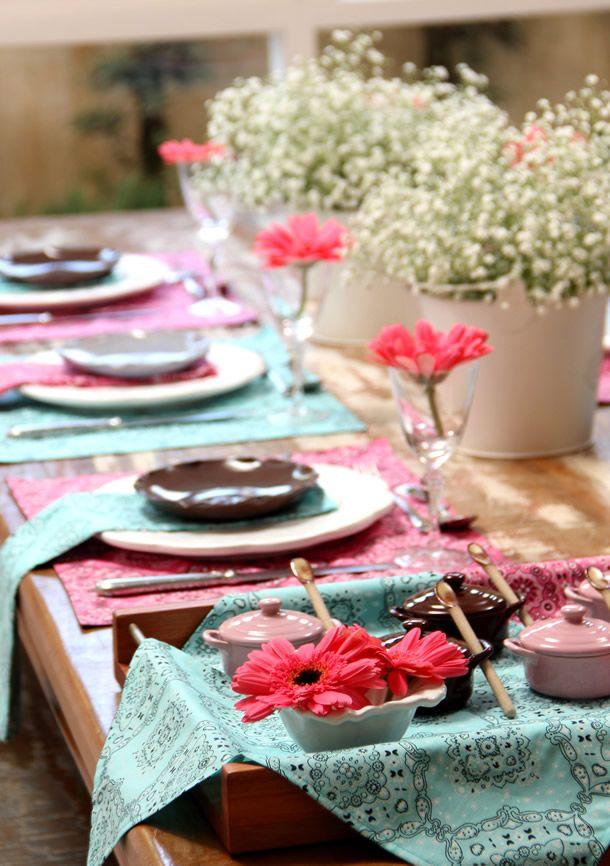 mesa rosa e turquesa villa pano, decoração, mesa posta, tablescape decor, turquoise rose decor, table setting