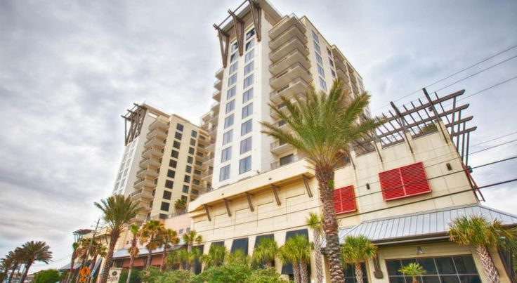 Great Christmas Vacation!!!! Book Now at Seahaven Beach Resort that offers all the great amenities Holiday Inn Express fans love like the most famous restaurants – Sharky's! It's no wonder we're becoming the best place for Panama City Beach Vacations.along with extra amenities such as a lazy. With our best Condos and Hotels, we are providing one of the best services all over the world. Call and get upto 10% discount.