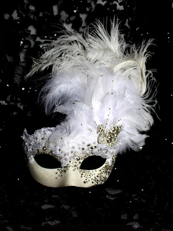 Luxury Handmade Crystal White Venetian Swan Mask - Masque Boutique