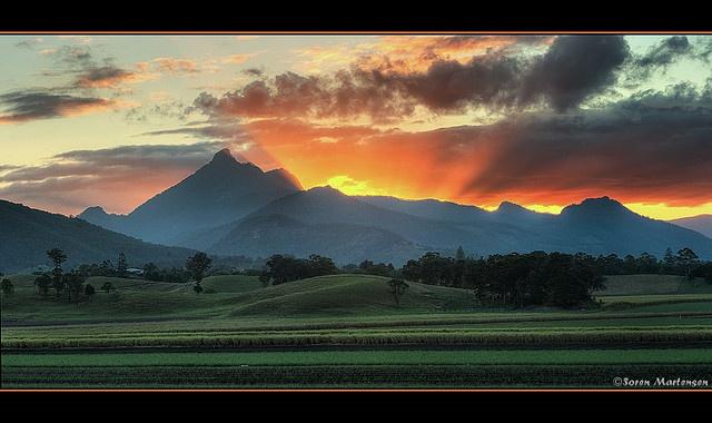 Sunset over Mount Warning - Murwillumbah - Mountain Climbing @JetsetterCuratorAdventure