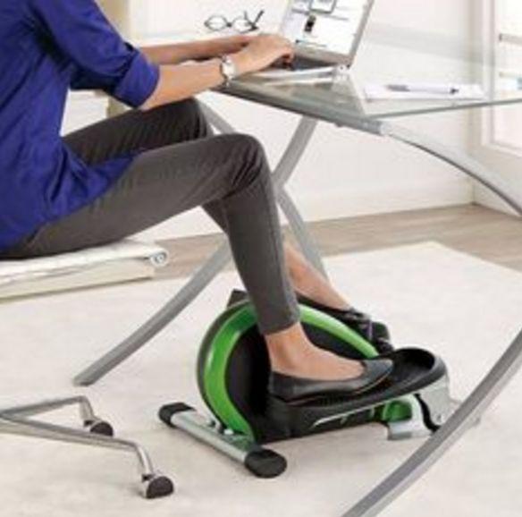 Mini hometrainer kantoor gadget https://www.jobsome.nl/9-awesome-gadgets-op-kantoor/