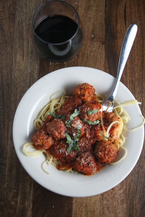 Spaghetti and Meatballs from The Pioneer Woman Cooks   The Pêche
