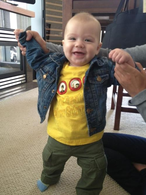 Thomas tweeted by Jared.  Cuteness overload here - and he has his Mommy's eyes :-)