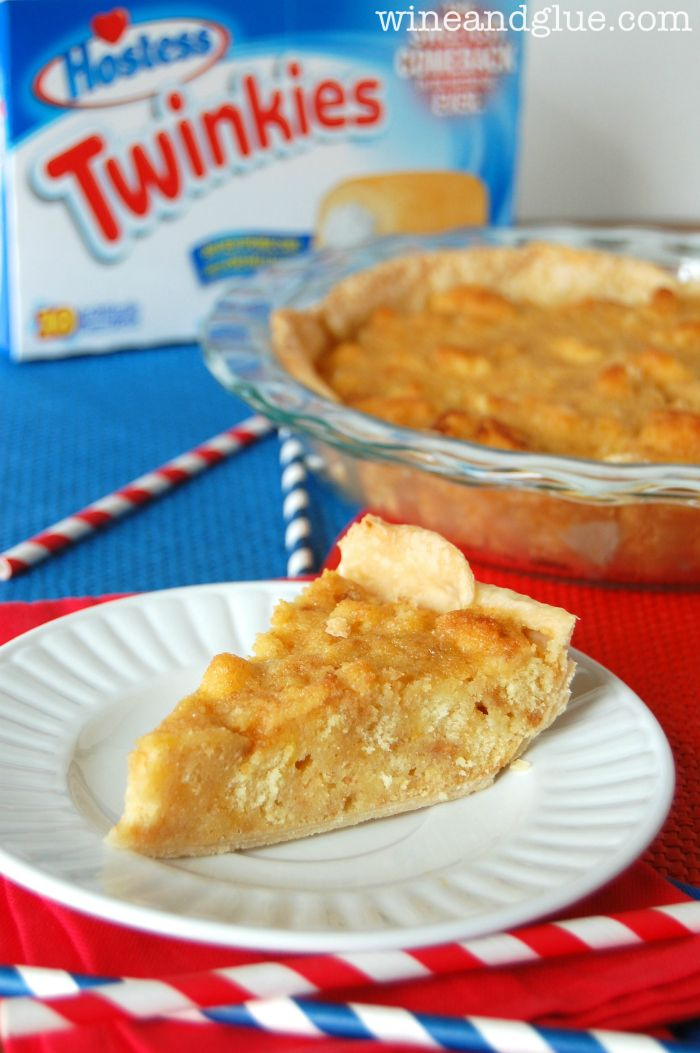 Twinkie Bomb Pie!  That's right, a pie.  Made out of Twinkies.  #Boom. via www.wineandglue.com: