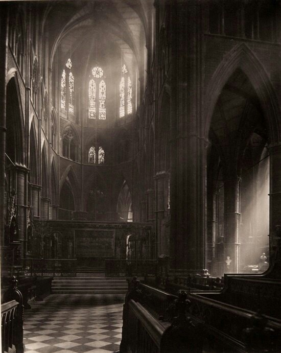 Westminster Abbey (1911). Well look here, I want Mary here in the next season of Downton Abbey y'here? :P.