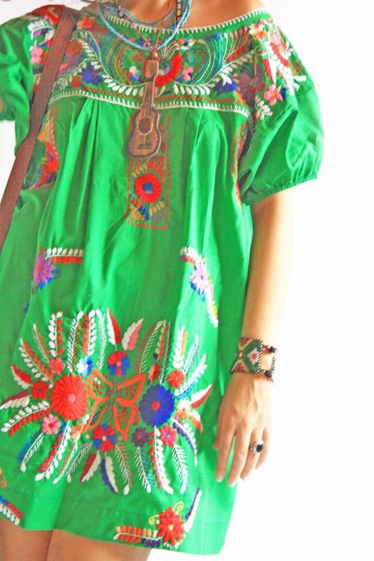 Embroidered Mexican dress, green // Aida Coronado