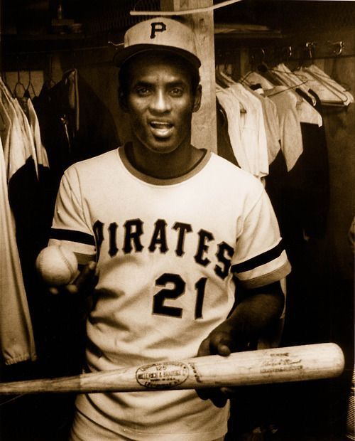Roberto Clemente. Can't get enough pictures of this man.