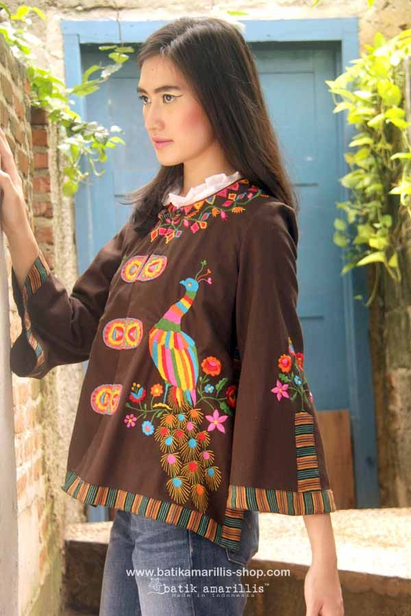 Batik Amarillis's Amarillissima jacket in Mexican peacock embroidery & Lurik  sorjan , it's beautiful ,unique & special ,The style is vintage 1867's Victorian wardrobe inspired, the unique style & cutting of this beautifully tailored garment will turn heads with its captivating design.