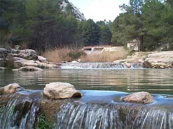 """Río Alhárabe. Paraje de """"La Puerta"""". Moratalla. Murcia. España."""