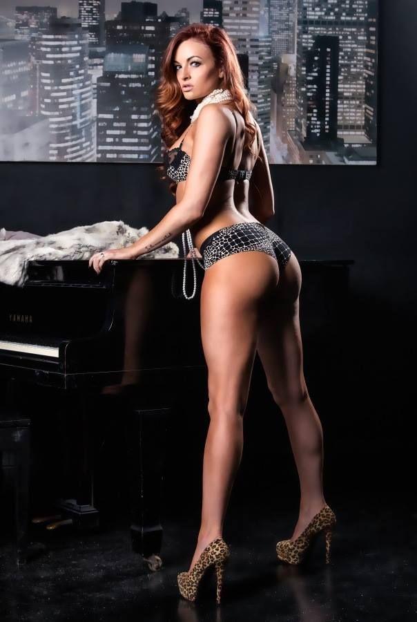 Cute-girl-nude-pussy