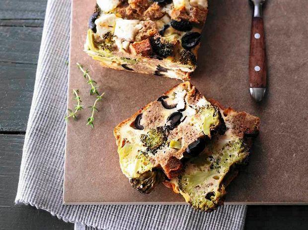 Poniedziałek - kolacja: Zapiekanka z fetą i brokułami