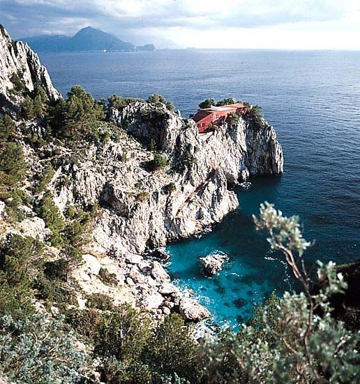 Casa Malaparte. Capri, Italy 1938.