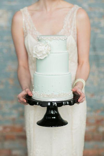 Mint wedding cake #mint #mintwedding #cakes #weddingcake #weddingdessert