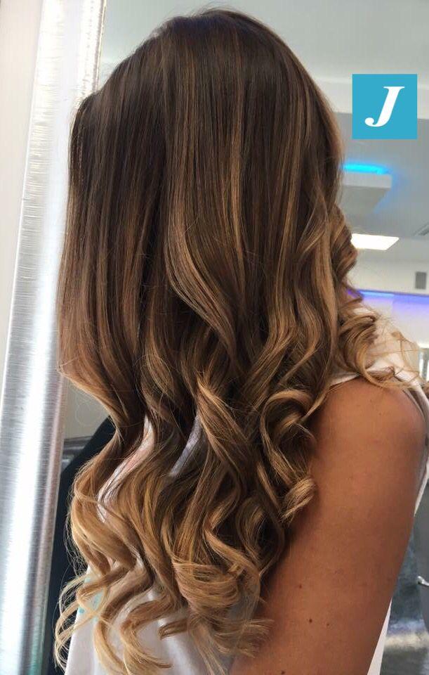 Ad ogni donna le sue sfumature Degradé Joelle! #cdj #degradejoelle #tagliopuntearia #degradé #igers #musthave #hair #hairstyle #haircolour #longhair #ootd #hairfashion #madeinitaly #wellastudionyc