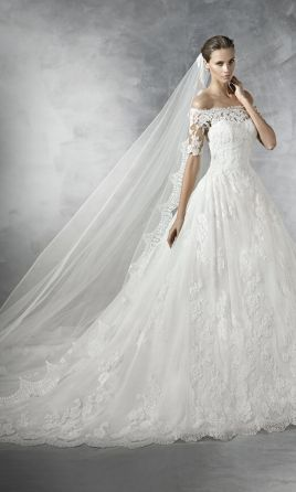 Pronovias PLEASANT wedding dress currently for sale at 55% off retail.