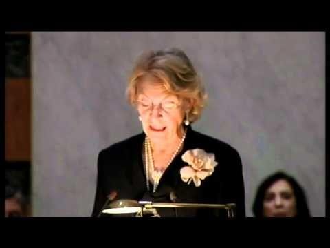 Discurso de ingreso en la RAE de Soledad Puértolas, noveleista y ensayista que ocupó el sillón 'g'.