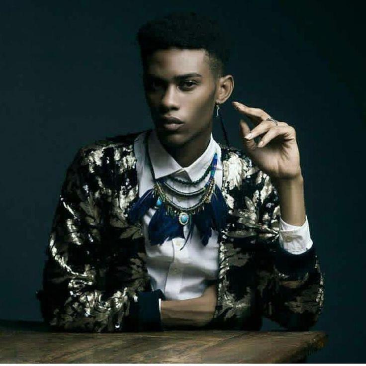 """Clear eyes, full hearts, can't lose."" —Dillon Panthers, Styled by / Image via @vcheuba Shot by @bamiphotography ------ #Osengwa | #AfricanArt | #AfricanFashion | #AfricanMusic | #AfricanStyle | #AfricanPhotography | #Afrocentric | #Melanin | #African | #Art | #AfricanInspired | #InspiredByAfrica | #BlackIsBeautiful | #ContemporaryArt | #OutOfAfrica"