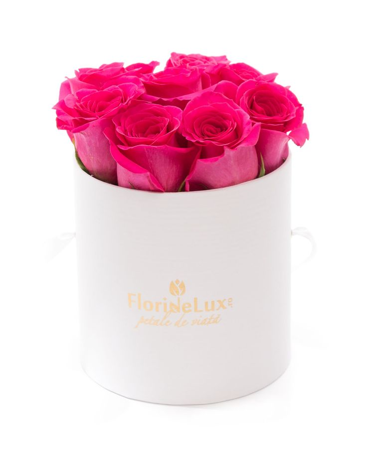 cutie delicata cu 9 trandafiri roz intens! mix de alb si roz, cadou precum o bombonica!