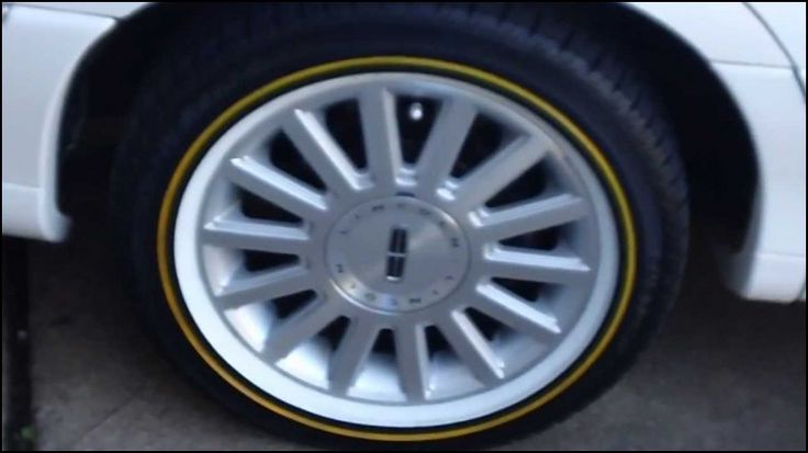Lincoln town Car Tire Size