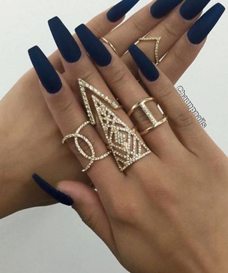 Not a fan of the gold jewelry or the nail length but I love the color and matte finish