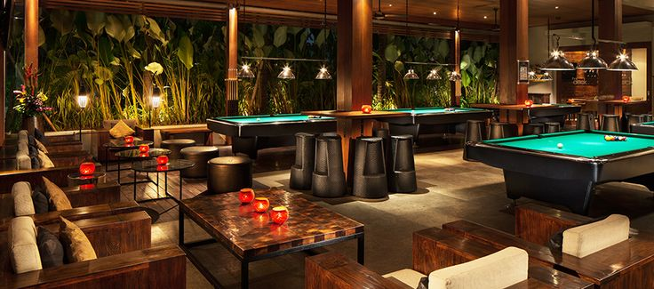 Seminyak - (closed for remodeling) The Deck, decent bites, 10pm Happy Hrs, pool tables, 8 sports TV screens.